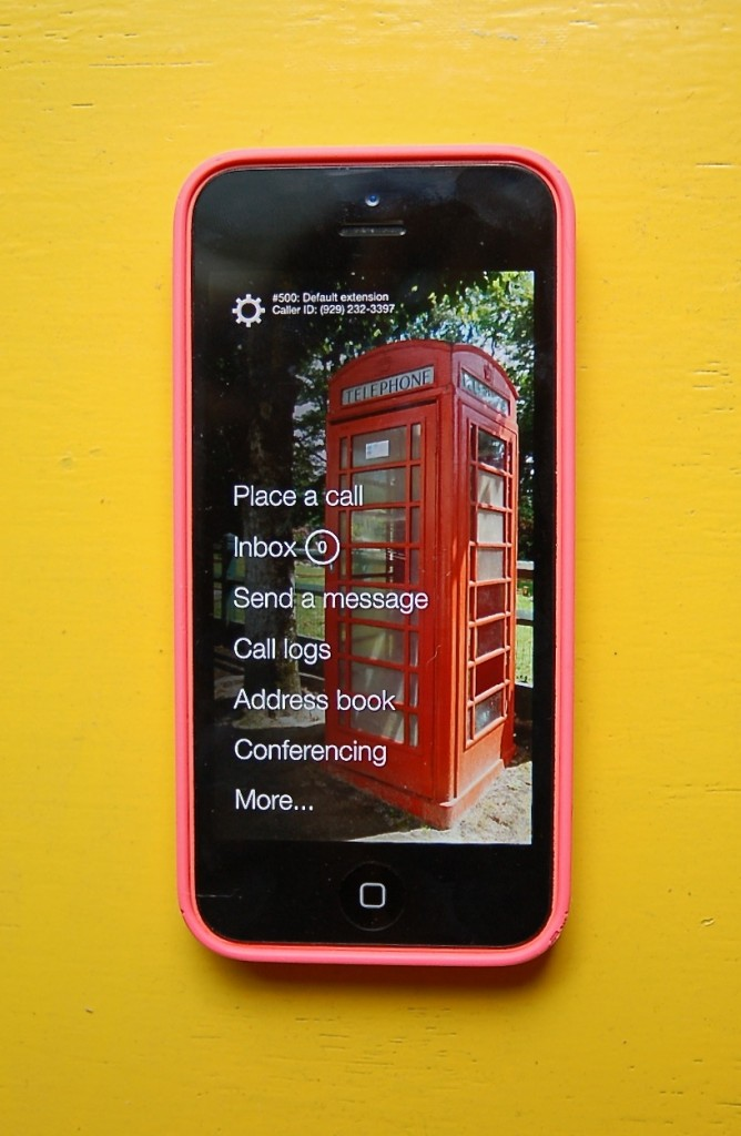 ThinkEntrepreneurship_PhoneCom_MobileApp